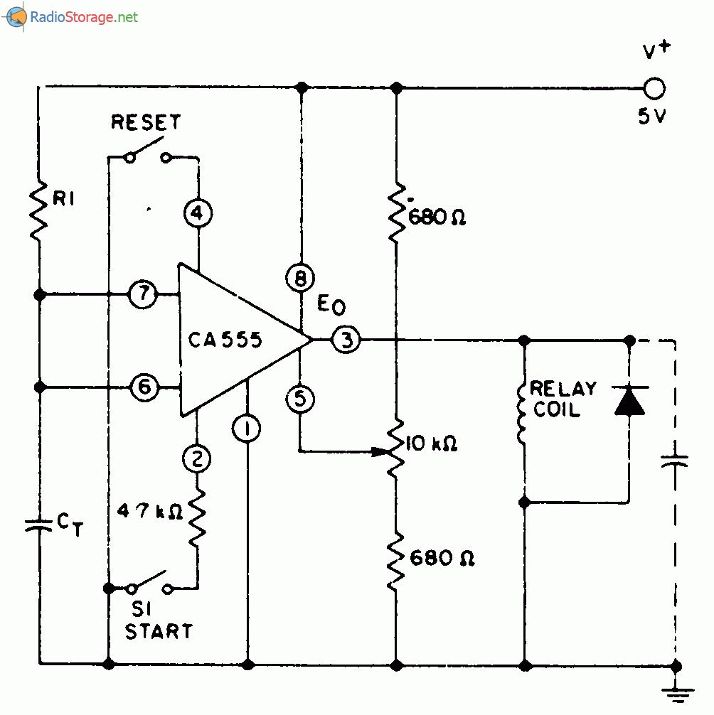 Таймер СА555 производства компании RCA, используемый в схеме , подключен так, что конденсатор Ст разряжается через...