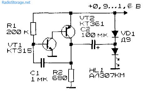 Схема простого низковольтного преобразователя напряжения на двух транзисторах из 0,9В в 2В