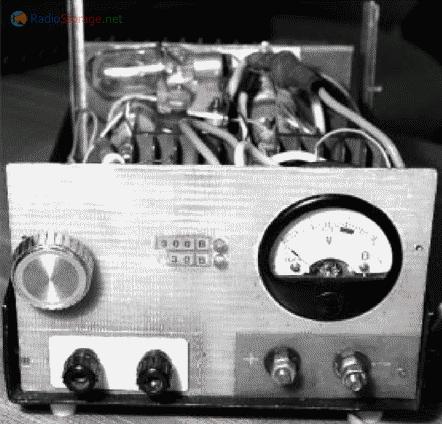 Вид на лицевую панель устройства