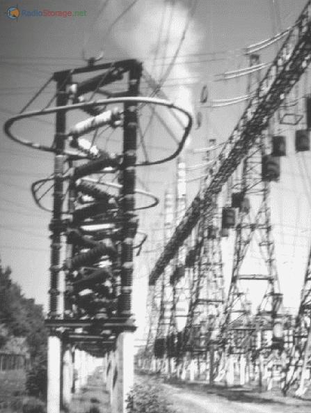 Дымовой шлейф из трубы Ладыжинской ТЭС тянется на много километров