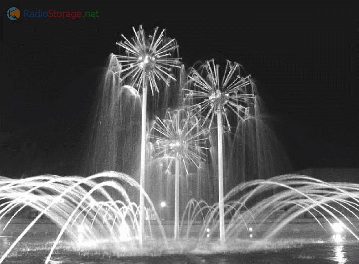 Световой фонтан на центральной площади города Ладыжина